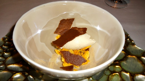 Honey Cinnamon Gelato, Molasses Crumble, and Honeycomb.