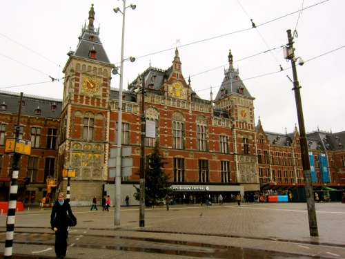 Main Train Station.