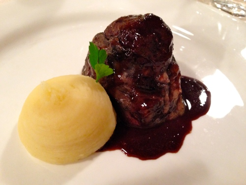 Braised Beef Cheek with Mashed Potatoes.