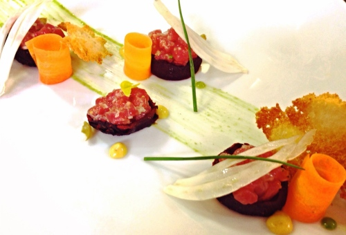 Beef Tartare in Roasted Beetroot Cups with Crunchy Vegetables and Bagna Cauda Mayonnaise.