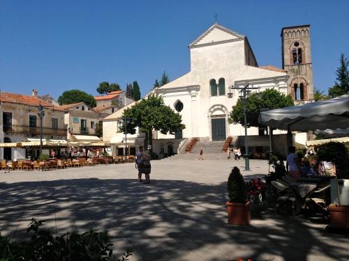 Piazza in Ravello.