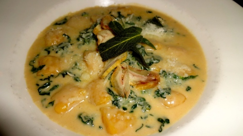 Kabocha Squash Gnocchi with Black Cabbage, and Chestnut Fontina Cheese Sauce (7.5/10).