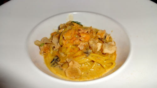 Meyer Lemon Linguini with Abalone, American Bottarga, and Garlic Chips (8.5-9/10).