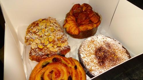 Almond Chocolate Croissant (8/10), Pain au Raisin (7/10), Coffee Cake (7/10), and Monkey Bread (9/10).