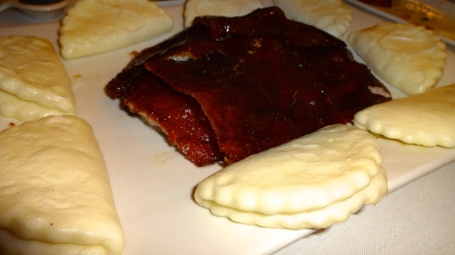 Peking Duck with Buns, Hoisin Sauce, and Scallions (8/10).