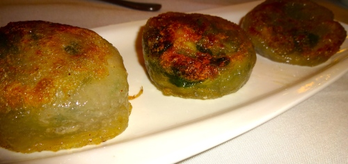 Pan Fried Chive and Shrimp Dumplings (7.5/10).