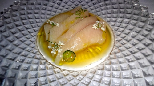 Smoked Hamachi with Mandarinquat ,Serrano Chili, and Chive Blossoms (8.5/10).