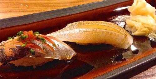 Sushi Chic: Aji/Horse Mackerel Nigiri (8.5/10) and Seasonal Sushi of the Day (8/10).