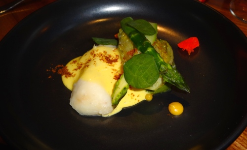 Halibut with Little Gem Lettuces, Asparagus, Lemon Purée, Brown Butter Hollandaise, and Nasturtium (7.5-8/10).