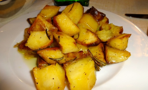 Patate al Forno: Roasted Potatoes (8/10).