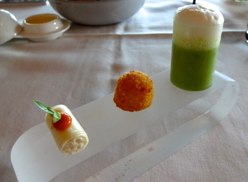 Amuse Bouche: Tomato Cannelloni (8.5/10), Cod Fritter (7/10), and Asparagus Soup with a Milk Foam (8/10).