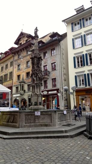 Hirschenplatz.