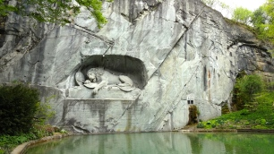 Löwendenkmal.