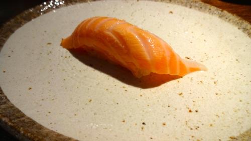Sake/Salmon Nigiri (8.5-9/10)