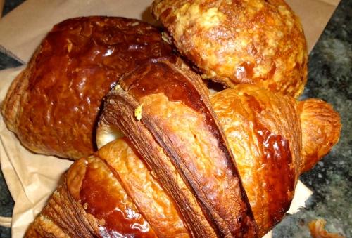 Chocolate Croissant (8/10), Butter Croissant (8/10), and Gougère (8/10).