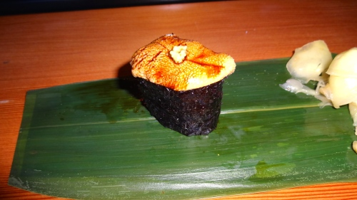 Uni/Sea Urchin Nigiri (9/10).