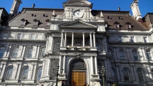Places Jacques Cartier (Montréal City Hall).