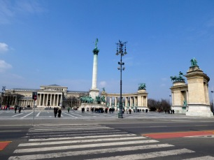 Heroes' Square.