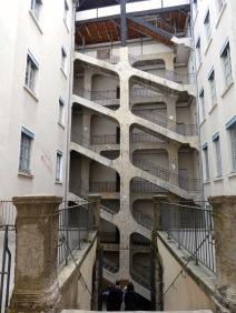 Cour des Voraces.